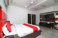 OYO 22977 Hotel Alpine Deluxe