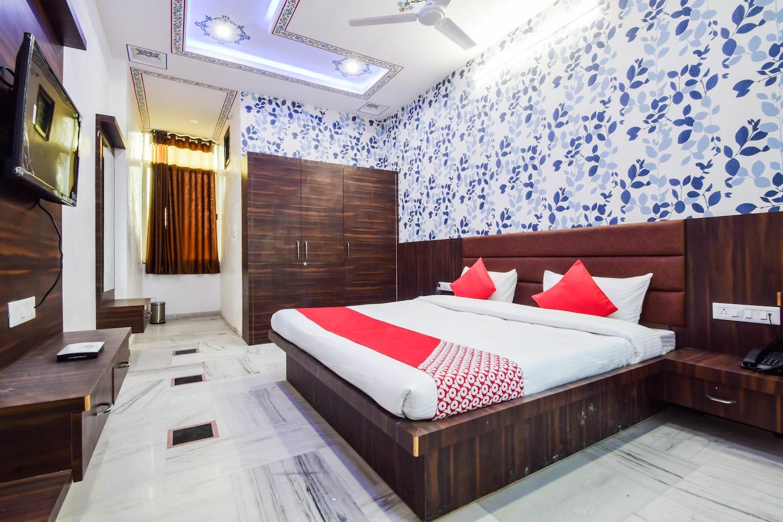 OYO 22989 Hotel Ranbanka -1