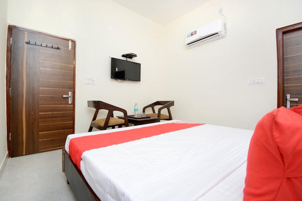 OYO 22993 Hotel Ozas Grand