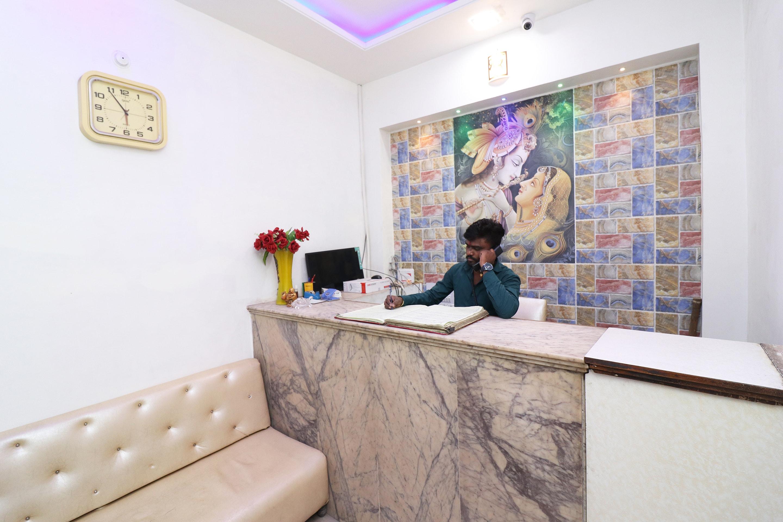 OYO 23004 Hotel Sheraton Inn