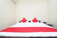OYO 23004 Hotel Sheraton Inn Saver