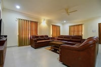OYO Home Luxe 23010 Opulent 3BHK