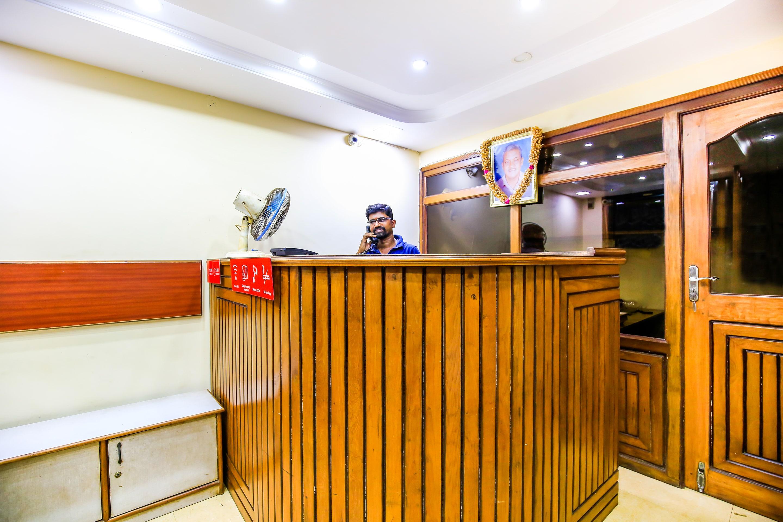 OYO 23035 Srinivas Residency