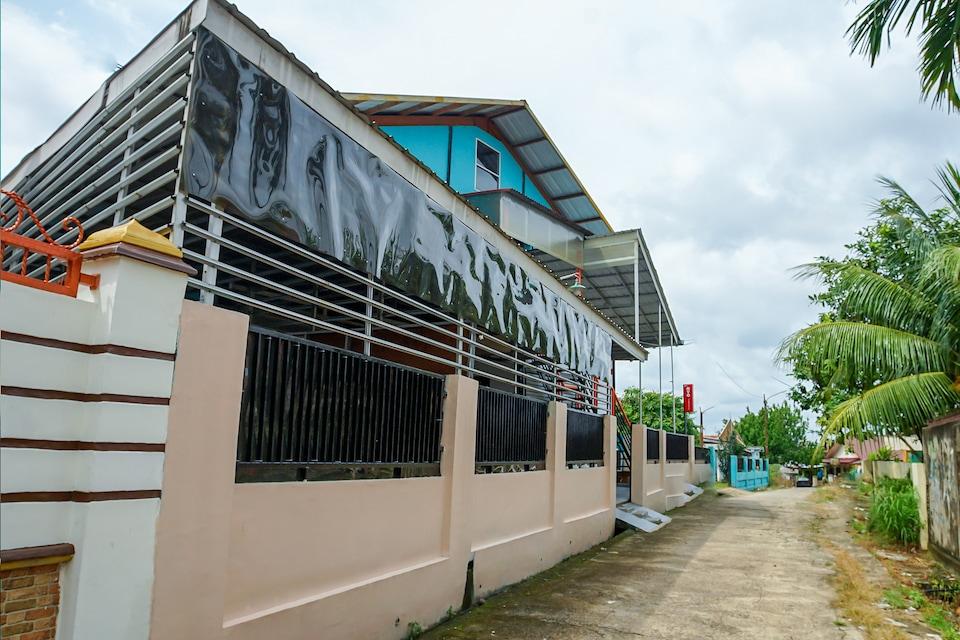 OYO 189 AA Residence Syariah