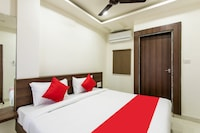 OYO 23058 Hotel Aditya Regency