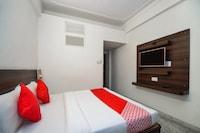 OYO 23086 Hotel Mayur