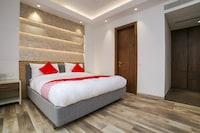 Capital O 23088 Hotel Dev Palace Suite