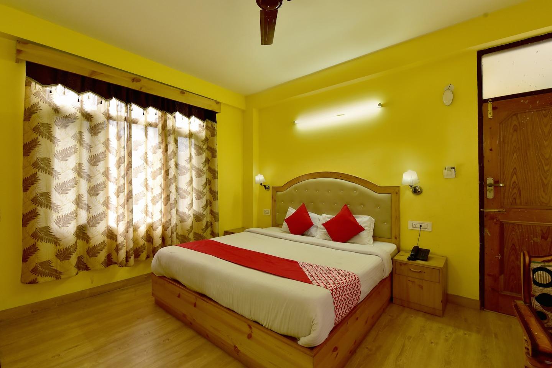 OYO 23130 Radhika Cottage -1