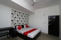 OYO 23158 Hotel The Taj