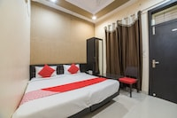 OYO 23178 Hotel Raj Mandir