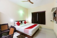 OYO 23179 Hotel Golden Bangla NON