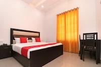 OYO 23235 Hotel Roopmahal & Restaurant Deluxe