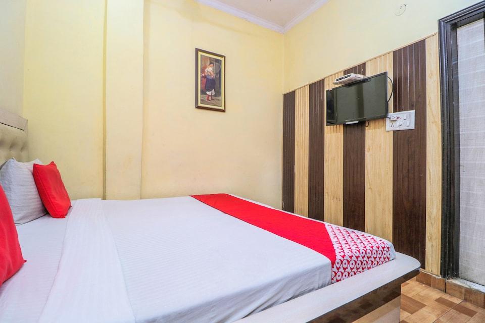 OYO 23236 Hotel Liv Inn