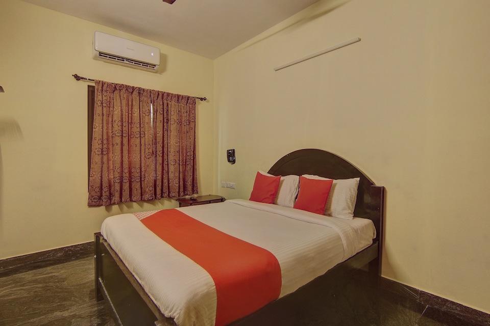 OYO Flagship 15860 Navanna Residency TTC Nagar
