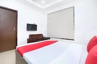 OYO 23276 Hotel Blu Hill