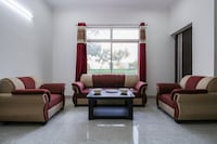 OYO Home 23279 Elite 4BHK Villa