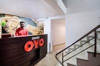 OYO 23296 Hotel Quality Time