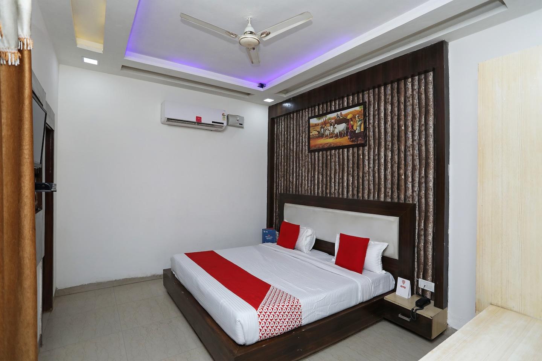 OYO 23297 Hotel Vanaya Palace -1