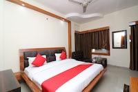 OYO 23341 Hotel Neena Palace