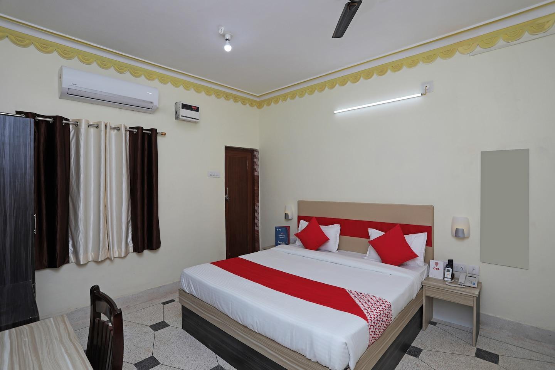 OYO 23382 Sai Gourav Residence -1