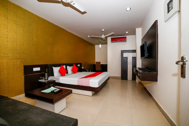 Hotels In Jhansi With Refrigerator Starting 1010 Upto