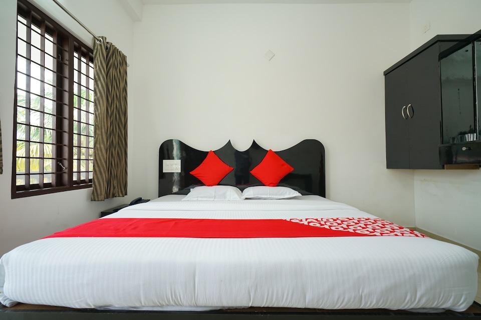 OYO 23388 Fathima Residency