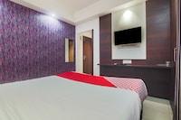 OYO 23403 Hotel Rashmi