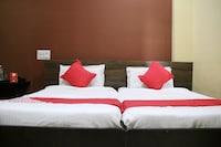 OYO 23423 Hotel Malabar Palace