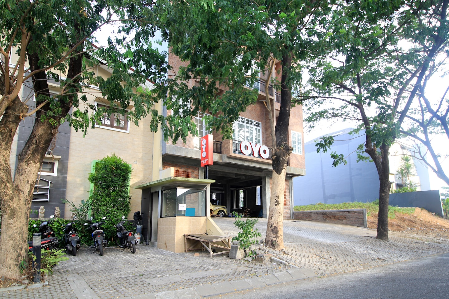 OYO 204 Blessing Residence -1