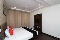 Capital O 23469 Hotel Ss Grandeur Deluxe