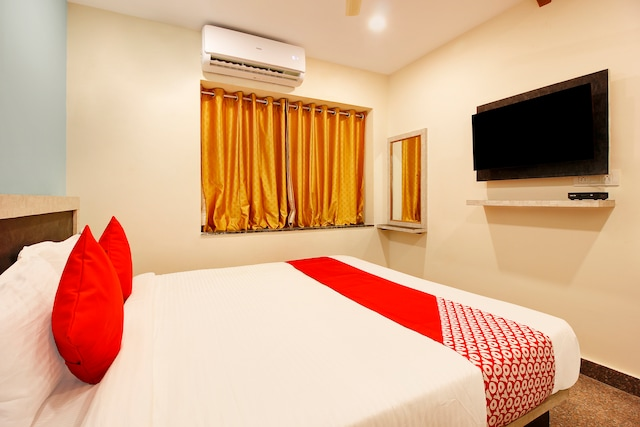 Capital O 23543 Hotel Vaishnavi