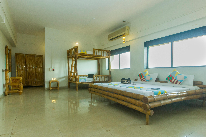 OYO Home 23559 Sahyadri Farms