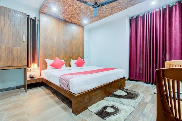 OYO 23593 Rudraksh Inn