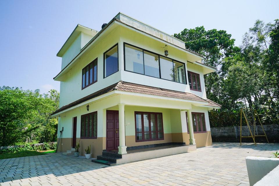 OYO Home 23612 Elegant 2BHK