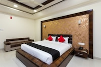 Capital O 23640 Hotel Sai Kripa Deluxe
