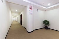 OYO 529 Central Hotel
