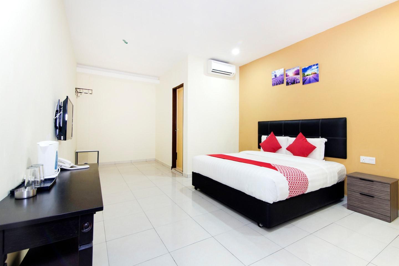 OYO 529 Central Hotel -1