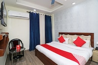 OYO 23660 Nath Residency Guest House