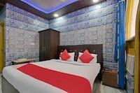 OYO 23665 Hotel Ajay Saver