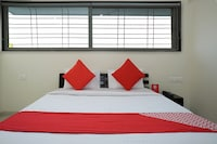 OYO 23670 Hotel Resonare Residency