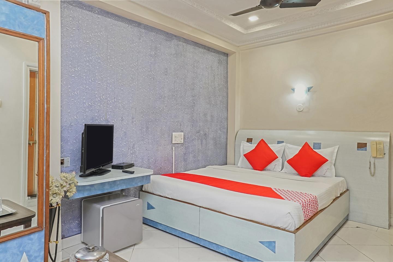 OYO 23711 Hotel Tushar -1