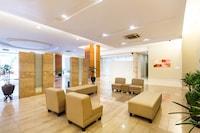 OYO Home 534 Lavish 2BR 231TR Suite
