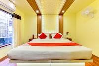 OYO 24058 Houseboat My Trip 3BHK Luxury Deluxe