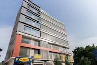 OYO Flagship 24072 Devarsh Sopan Madhupura