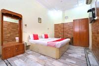 OYO 24073 Hotel Hari Darshan