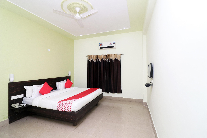 OYO 24081 Hotel Lata Palace & Resort