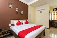 OYO 24109 Hotel Santushti