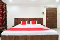 OYO 24116 A One Home Stay Deluxe
