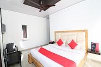 OYO 24137 Hotel Himalayan Village