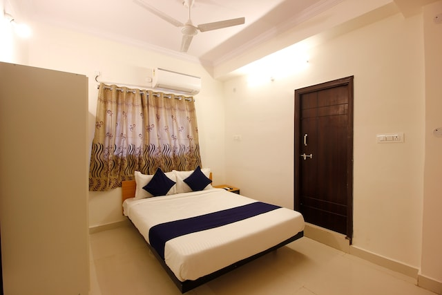 SilverKey Executive stays 24138 Kukatpally